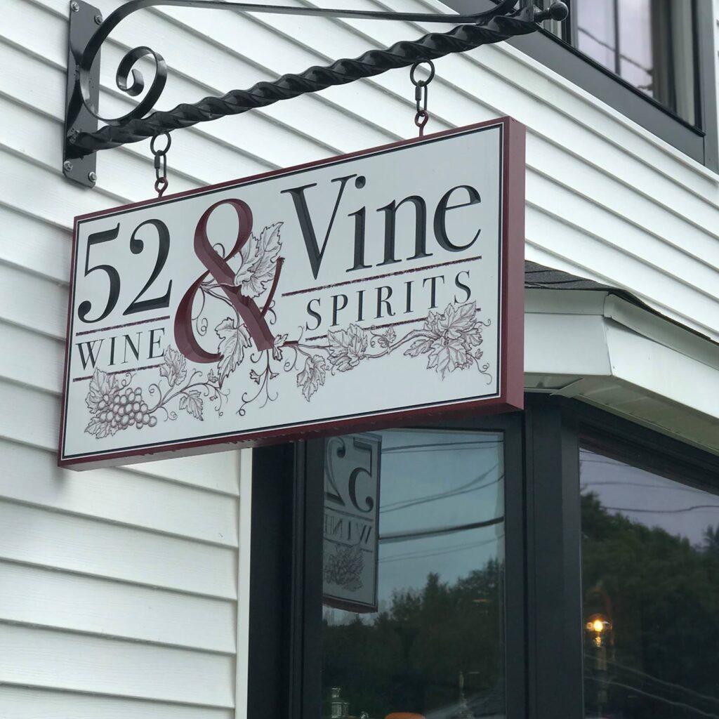 52 & Vine Spirits : 52 & Vine Spirits